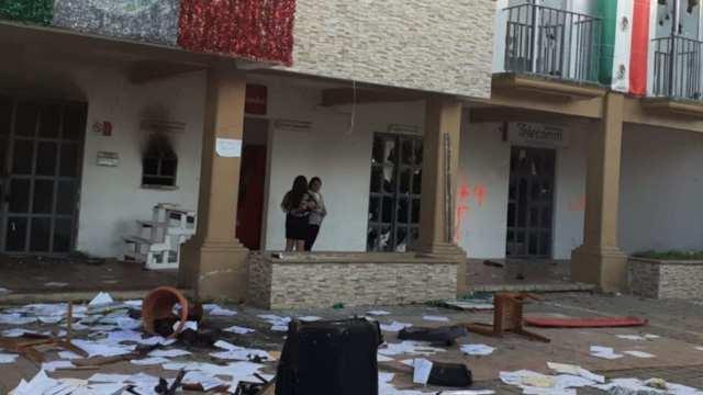 FGE abre Carpeta de Investigación por actos vandálicos en la presidencia de Altamirano (Fiscalía de Chiapas)