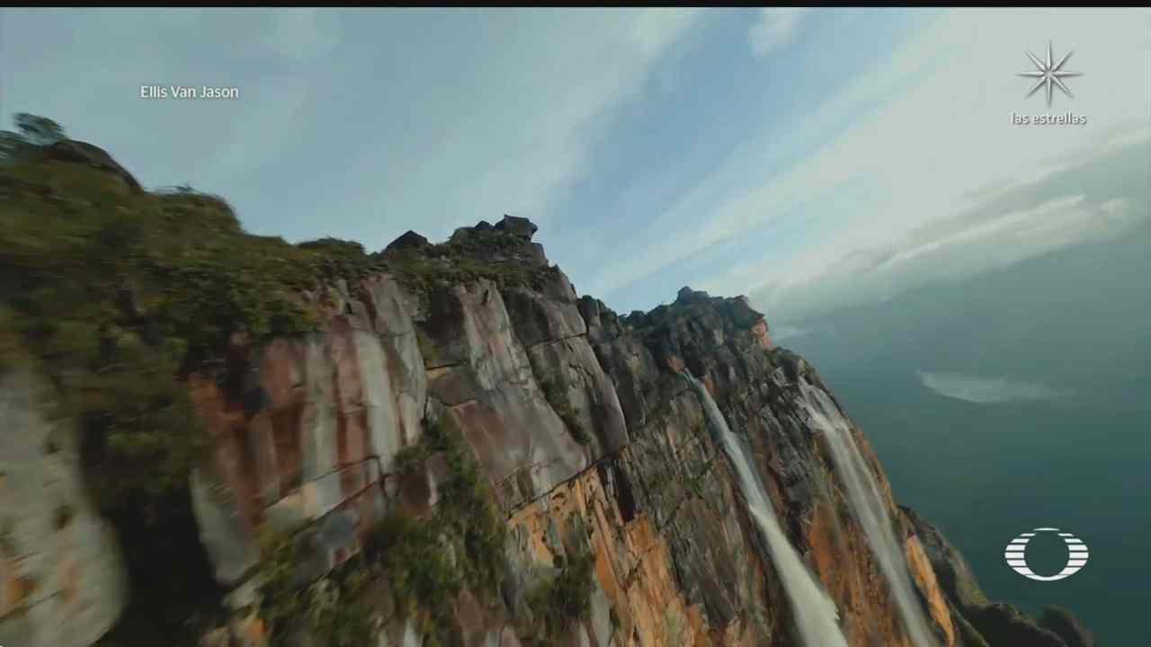 drone graba cascada salto angel en venezuela