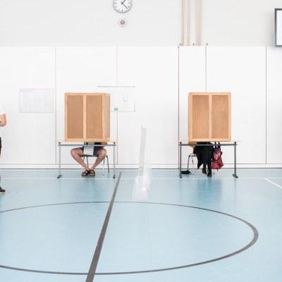 Alemanes votan en unos comicios generales que ponen fin a la 'era Merkel'