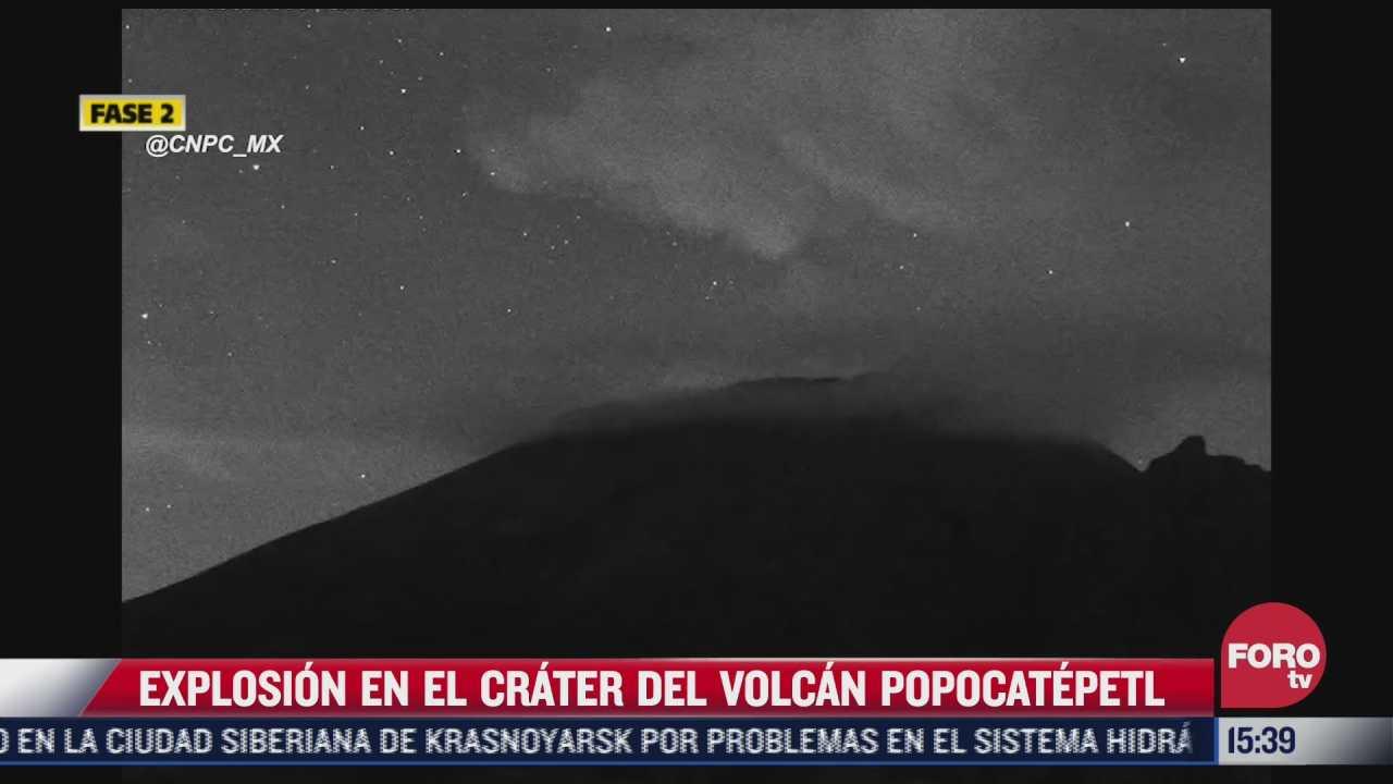 explosion en el crater del volcan popocatepetl