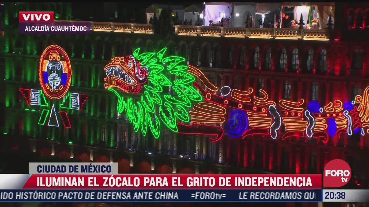 iluminan el zocalo de cdmx para el grito de independencia
