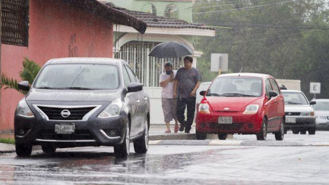 Lluvia acompañada de fuertes vientos en Monterrey, Nuevo León (Cuartoscuro)