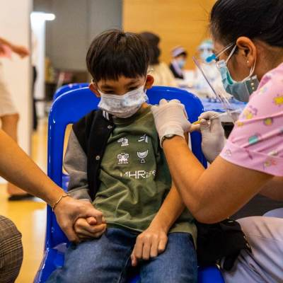 Pfizer cerca de poder vacunar a niños de 5 a 11 años