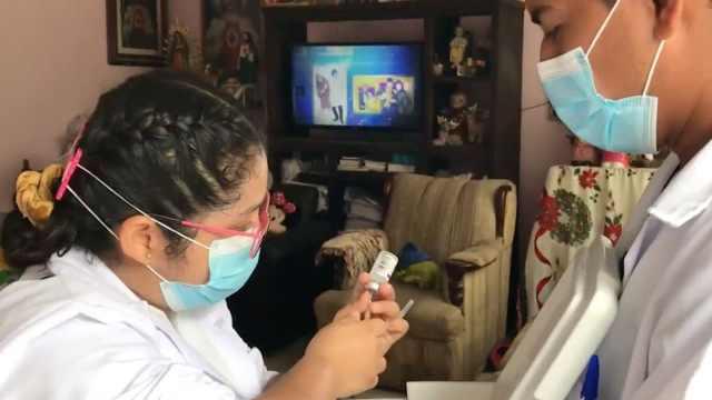 Por bajo índice de vacunación, brigadas en Chiapas visitan casa por casa para aplicar dosis contra COVID