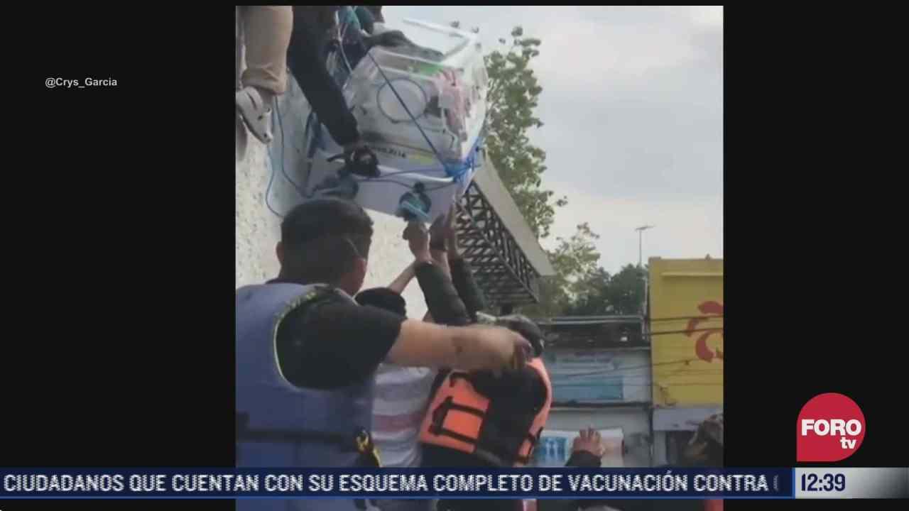 rescatan a bebe en incubadora del hospital del imss en tula tras inundaciones
