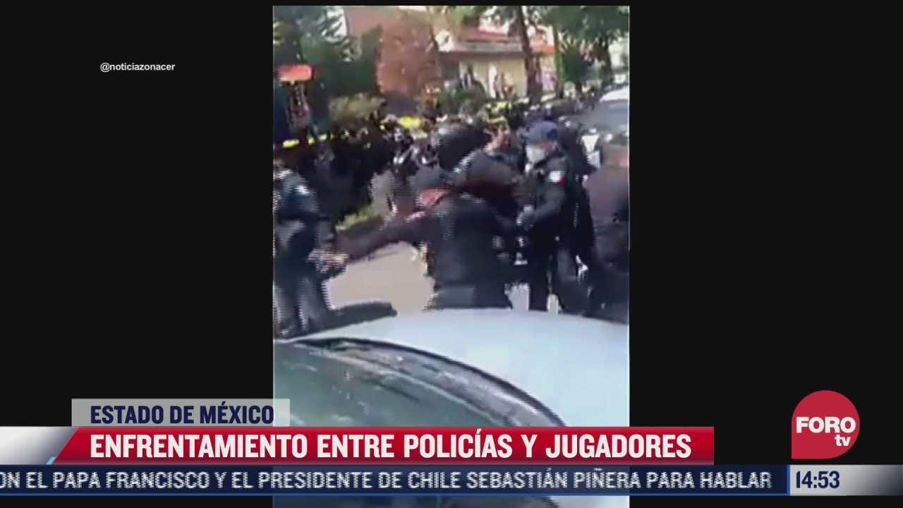 video se enfrentan jugadores de americano y policias municipales de atizapan