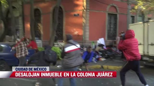 Con martillos, palos y tubos se arma trifulca por desalojo en colonia Juárez