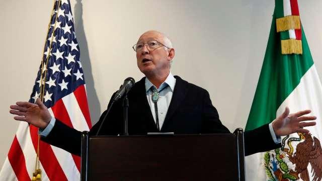 Migración desde Haití, problema importante para México y EEUU: embajador Ken Salazar