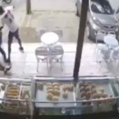 Ladrones abatidos panadería víctima