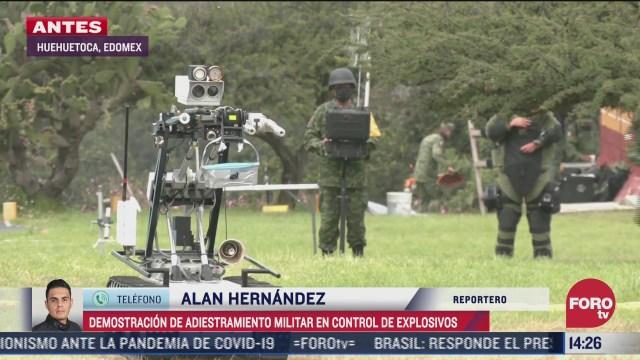 militares realizan practica para control de explosivos caseros