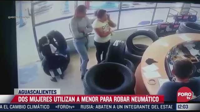 mujeres utilizan a nina para robar llanta