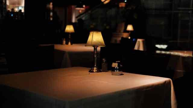 Servicio en un restaurante (Getty Images)