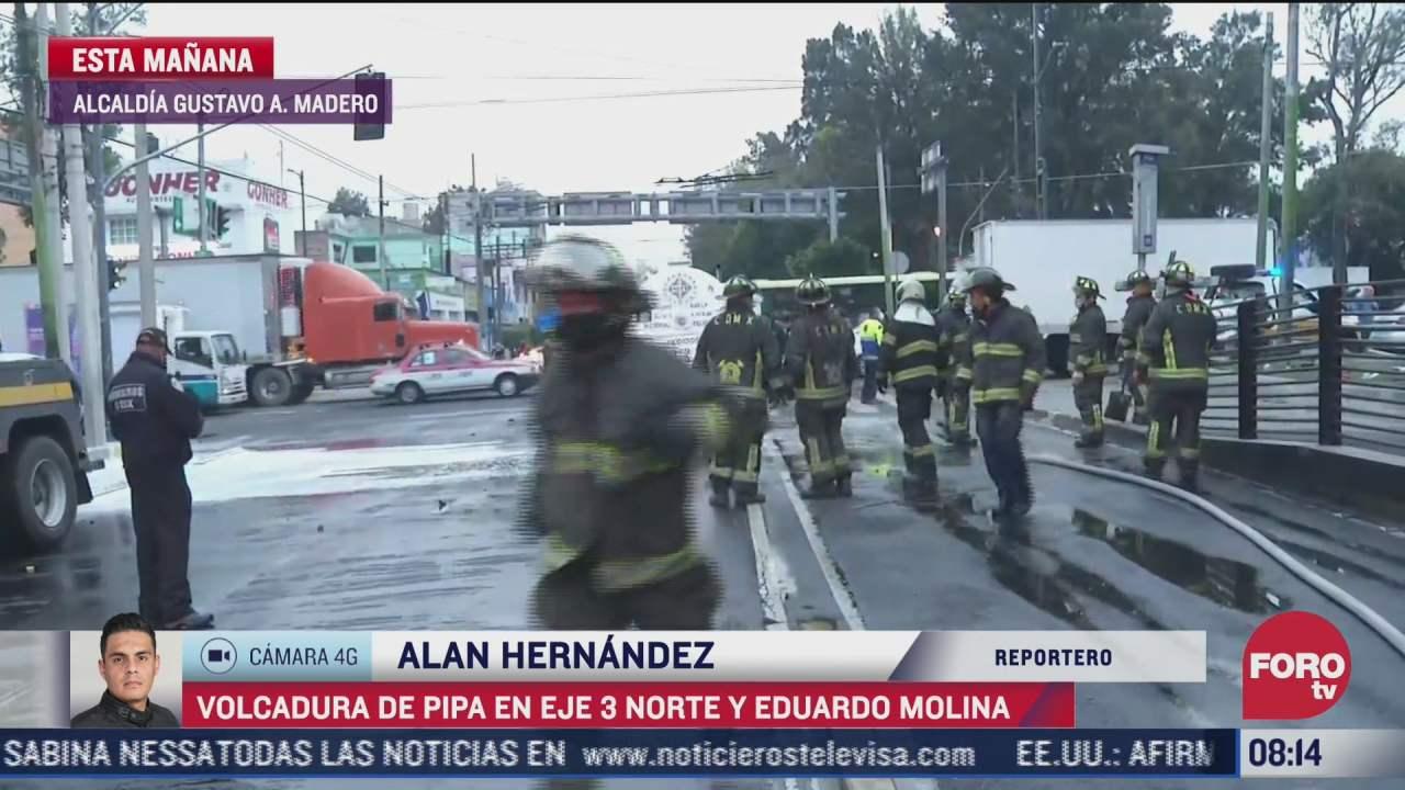 vuelca pipa de gas tras chocar contra camioneta de carga en avenida eduardo molina