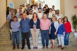 Foto grupal diplomas