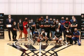 one team valencia basket