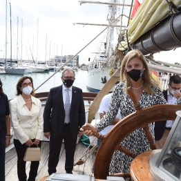 11-10-21 Visita a los navíos Escala a Castelló 2 (1)