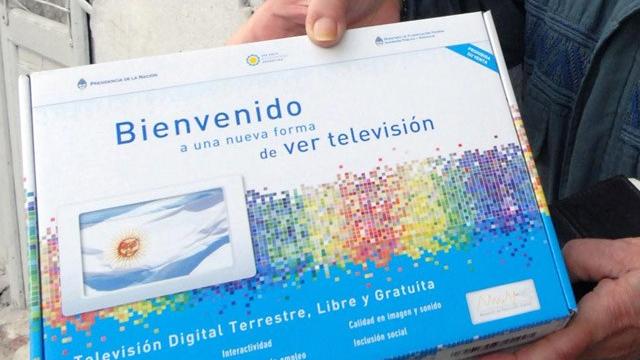 Photo of Comenzó el desmantelamiento de la Televisión Digital Abierta dejando a 160 familias en la calle
