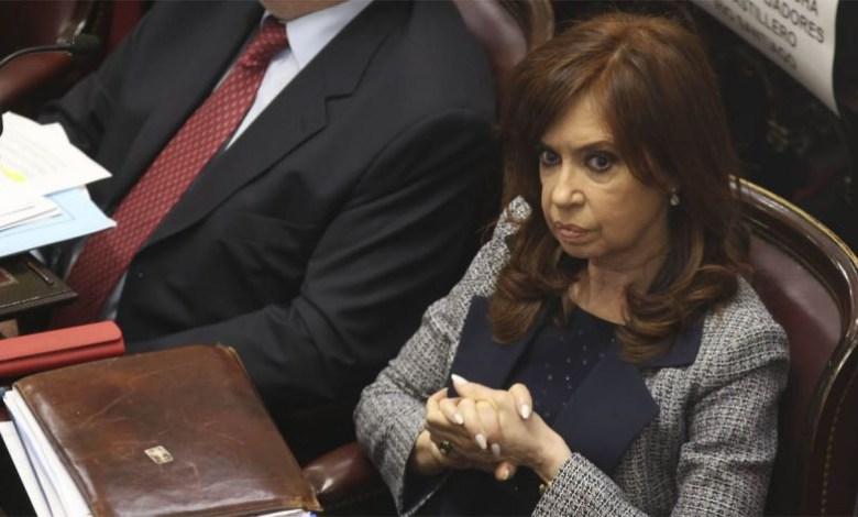 Photo of Bonadío procesa, embarga y pide el desafuero de CFK