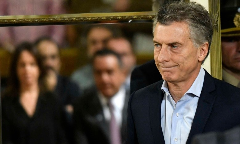 Photo of Macri elimina 10 ministerios y desplaza a Mario Quintana y a Gustavo Lopetegui