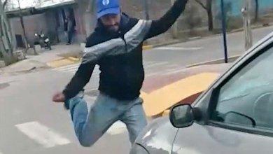 Photo of Militante de Cambiemos atacó a candidata de la oposición