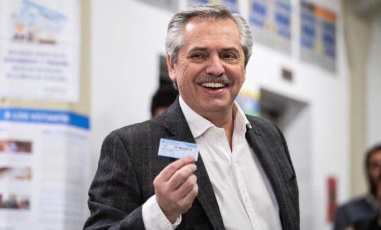 Photo of Alberto Fernández puso en su lugar a Mauricio Macri