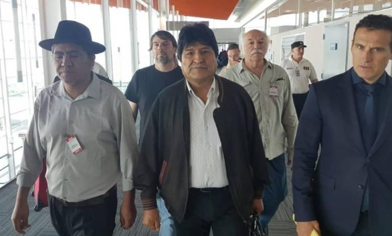 Photo of Morales duro contra Áñez, Camacho y Mesa en su estadía en la Argentina