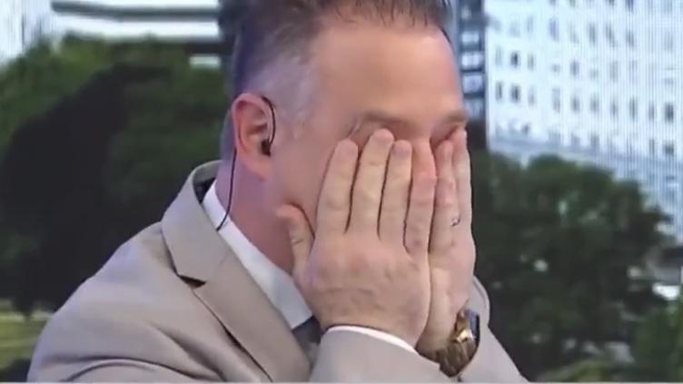 Photo of Periodista rompe en llanto al ver el país que deja Macri