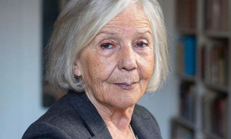 """Photo of Beatriz Sarlo contra el permiso para mayores de 70: """"Es un estado de sitio selectivo"""""""