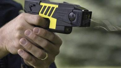 Photo of Tras la muerte del policía, oficialismo y oposición reivindican las pistolas táser