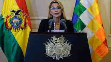 Photo of En Bolivia, la dictadora Jeanine Áñez bajó su candidatura presidencial