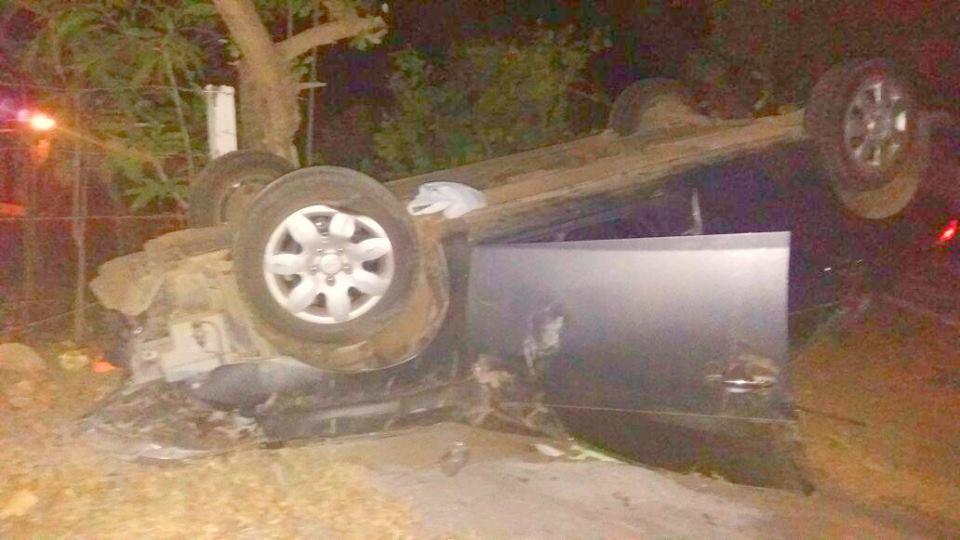 Mujer sufre accidente de tránsito en carretera León - Poneloya