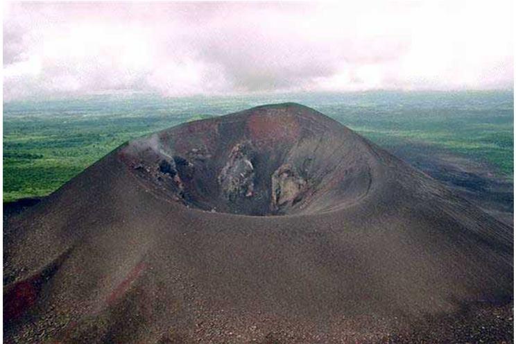 Volcán Cerro Negro una amenaza latente en León
