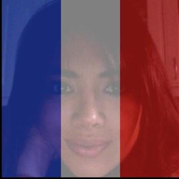 Facebook permite colocar colores de la bandera de Francia en tu perfil