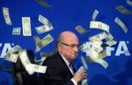 FBI investiga el papel de Blatter en sobornos, según BBC