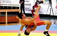 Luchadores se concentran con selección mexicana