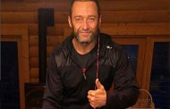 Hugh Jackman recibe críticas por foto en Instagram