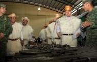 Destaca Velasco participación del pueblo de Chamula en canje de armas