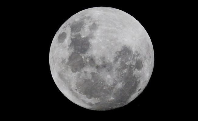 El mito de las lunas de octubre