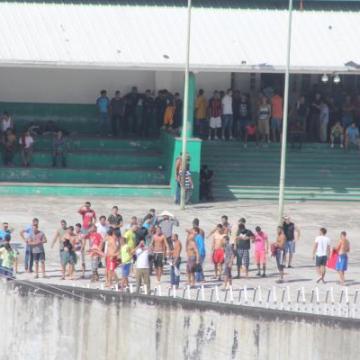 Migrantes cubanos continúan protesta en Chiapas; piden no ser deportados