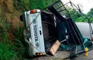 Secretaría de Salud atiende a 15 lesionados de accidente vehicular en Huixtla
