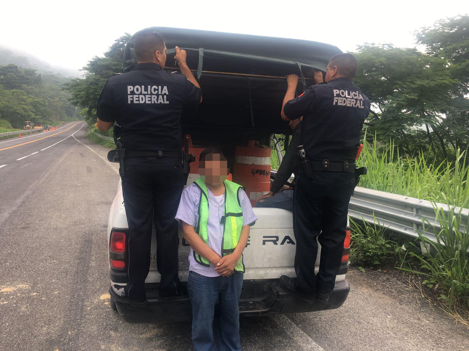 Policía Federal rescata a diez personas indocumentadas y detiene a dos presuntos traficantes de personas en Chiapas