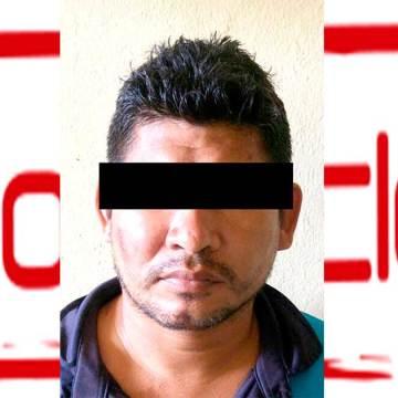 Asegura FGE a un sujeto en posesión de diversas dosis de droga en Huehuetán