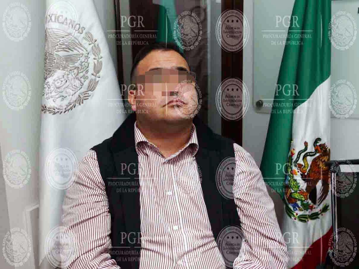 Javier Duarte ya está en el hangar de la PGR en el AICM