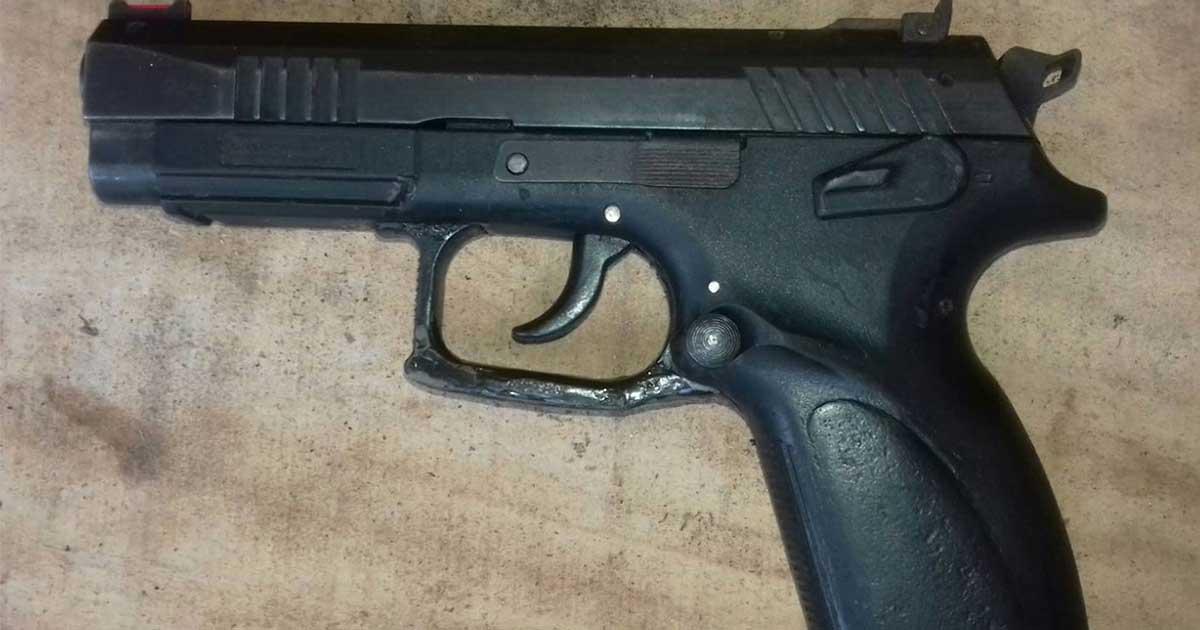 Grupo especial de la SSyPC, detiene a tres personas con armas de fuego y droga en Tuxtla Gutiérrez