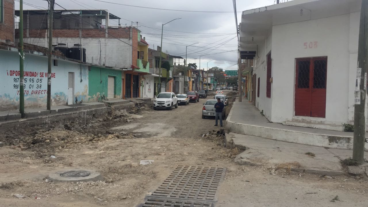 Concluye SMAPA rehabilitación de red de agua potable y drenaje en Barrio Hidalgo