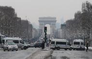 Cancelan 200 vuelos por nevada en aeropuerto parisino