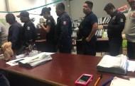 Respaldan el bienestar de policías municipales con vales y medicamentos
