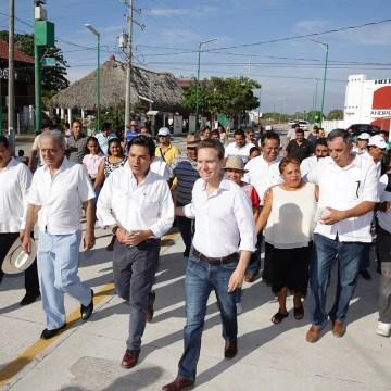 Inauguran MVC y Zoé nuevo Boulevard para detonar mayor turismo en la Costa