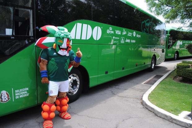 Selección nacional presenta su camión rumbo a Rusia 2018