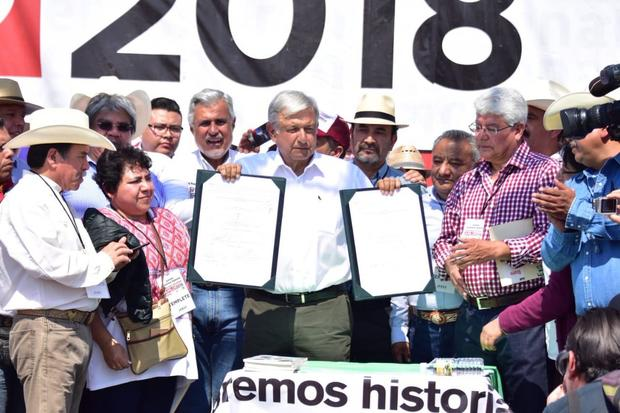 Rescatar al campo y autosuficiencia alimentaria, ofrece López Obrador